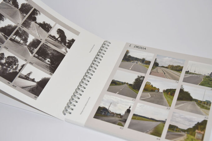 rozłożony katalog Konteksty Kielce-Włoszczowa